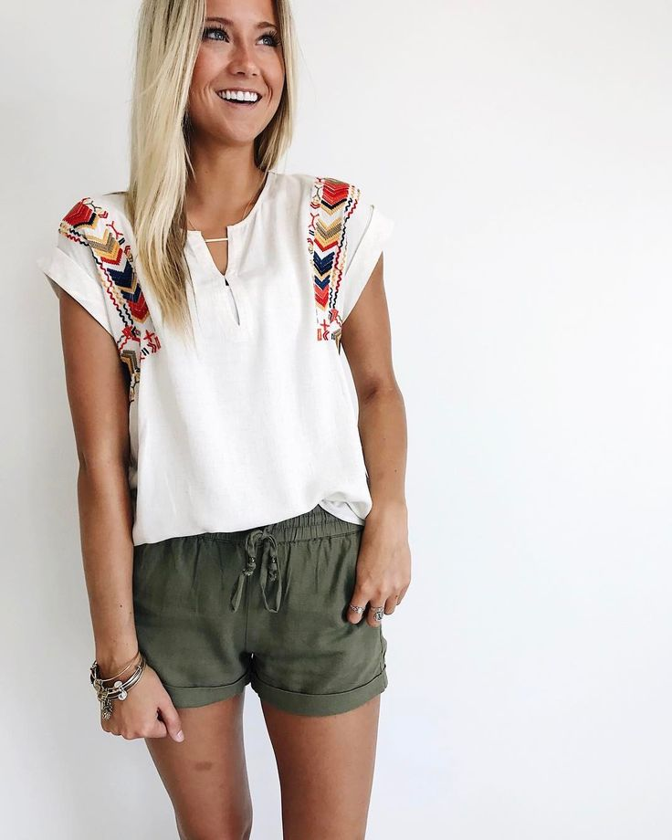 """5,940 Likes, 82 Comments - ROOLEE Boutique (@rooleeboutique) on Instagram: """"Pair our linen shorts with an embroidered top + you'll never go wrong!"""""""