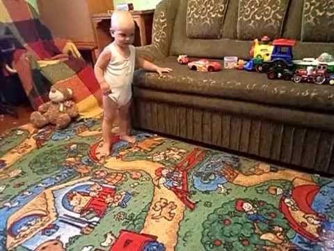 """Подвижные игры и занятия для малышей: """"большие ноги"""" YouTube"""