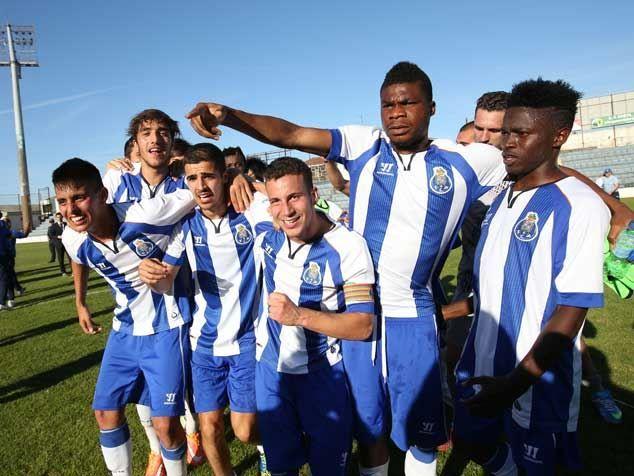 http://www.record.xl.pt/storage/2015_5/ng2894DE28-30FA-49C9-B049-A9A6F712E387.jpg #Moreto #MoretoCassamá #Cassamá #FCPorto #Catiosport Campeão Nacional Juniores 2014/2015