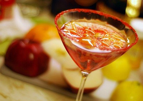 10 Mixed Drinks for Fall- Caramel Appletini