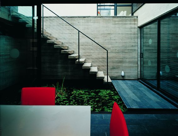 84 best mathias klotz images on pinterest architecture for Minimalist underground house