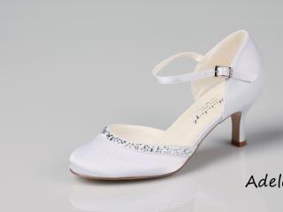 Gorgeous satin rhinestones pointy toe sandals