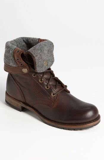 Vintage Shoe Co. made in USA lined leather boots.