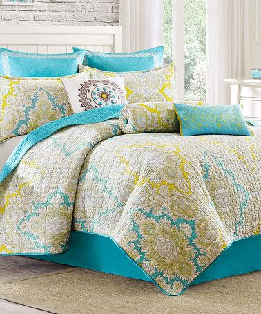turquoise yellow paisley quilted reversible coverlet. Black Bedroom Furniture Sets. Home Design Ideas