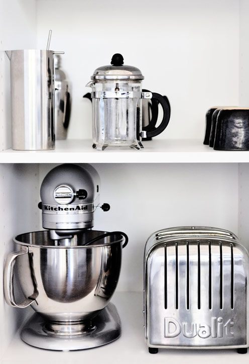 Kitchen appliances  | More decor lusciousness here: http://mylusciouslife.com/photo-galleries/architecture-and-design-beautiful-buildings-gardens-and-decor/