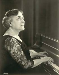 Myra Hess    Pianist Myra Hessdevised a series of celebrated concerts.    Upon the declaration of war, all cultural institutions – galleries, theatres, concert halls, museums – were shut. With the city under a cultural blackout, Londoners were left with nowhere to go for entertainment.  Once emptied of its paintings, the Gallery itself looked abandoned. Kenneth Clark, the  Gallery's director, hoped to keep it open for cultural pursuits. He eagerly seized the opportunity of Myra Hess's…