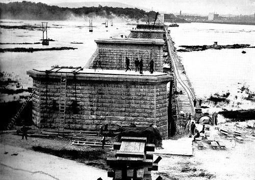 Jacques Cartier bridge, under construction