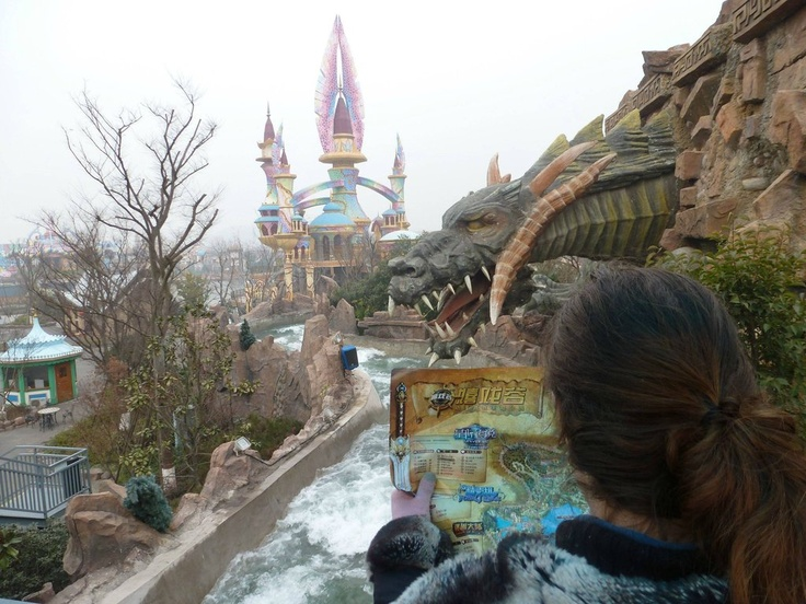 Unlicensed World of Warcraft Themepark in China! I want to go before it is shut down for being uber illegal.