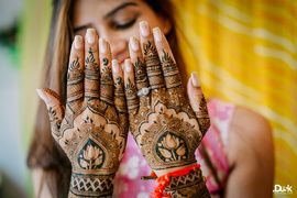 Mehendi Designs | WedMeGood  Beautiful Traditional Mehendi Design on the back of the hand. Find many more designs on wedmegood.com #wedmegood #mehendi #wmgmehendi