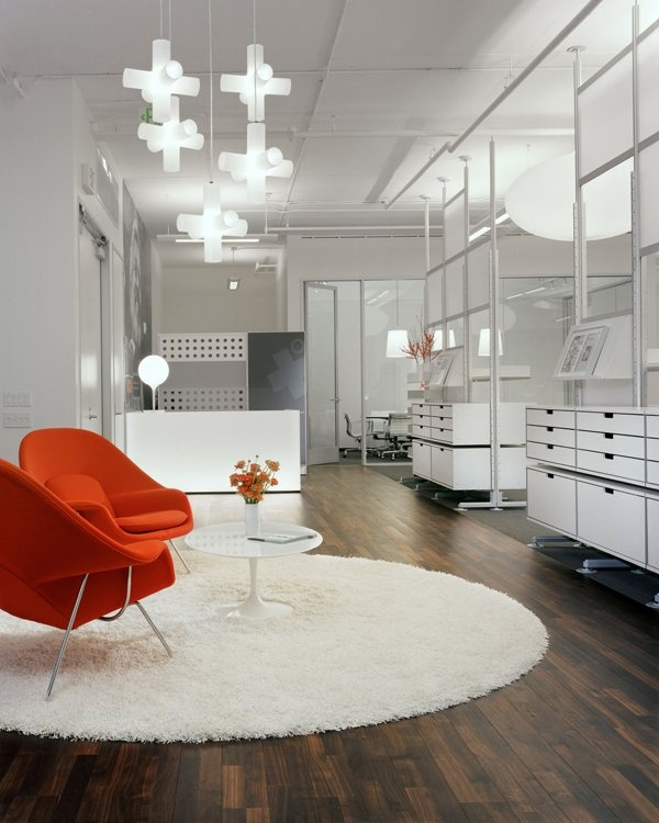 Hulburd Design - A Splash of color on these #Womb chairs by #Saarinen