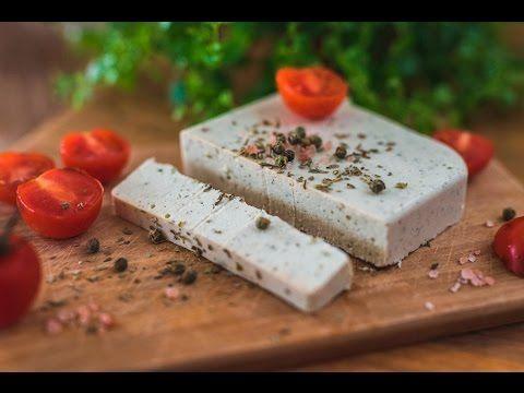 A mai napon Lacival elkészítettünk egy vegán sajtot, mely 100%-ig bűntudatmentes, egészséges, ízletes, olcsó, rendkívül gyorsan elkészíthető, ráadásul megtévesztésig hasonlít az állati eredetű társ…