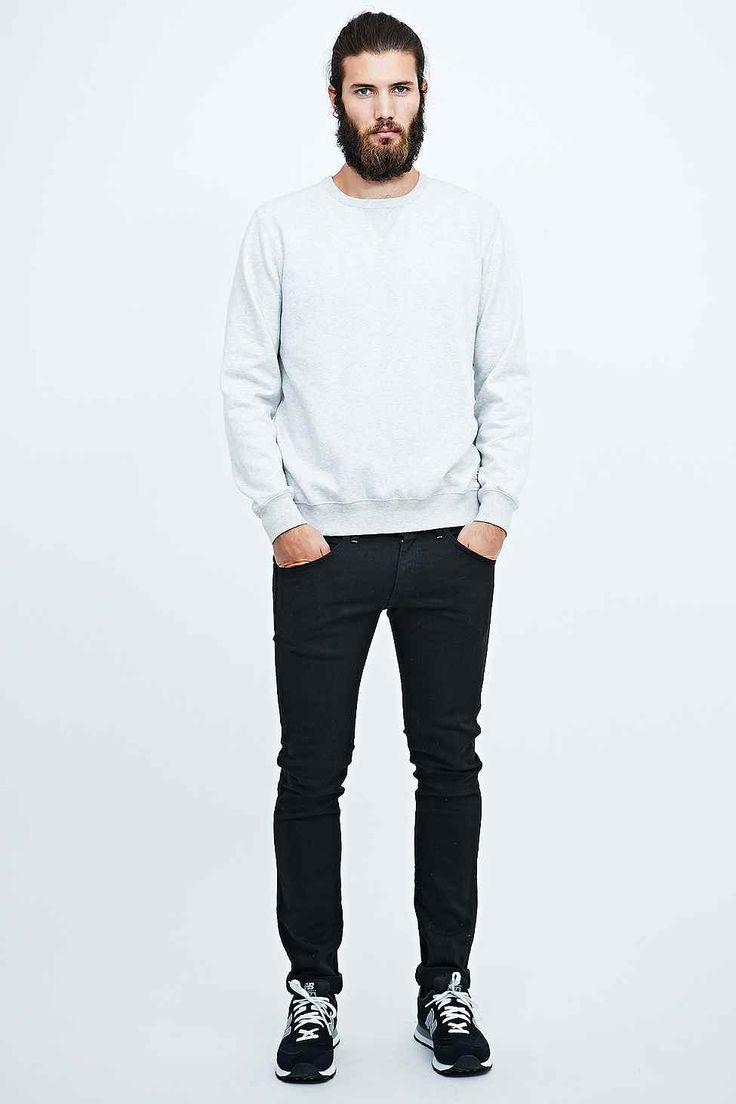 Wrangler Bryson Skinny Jeans in Black Wash - Urban Outfitters