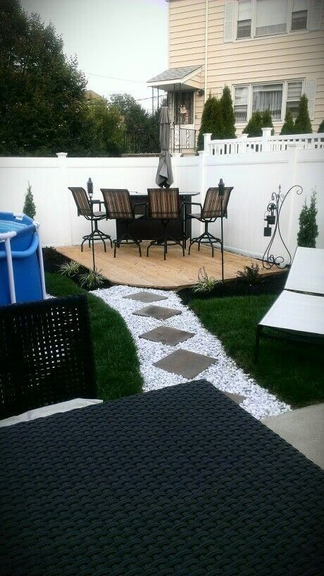 21 Easy and Inexpensive Floating Deck Ideas For Your Backyard – Jessie Farinella