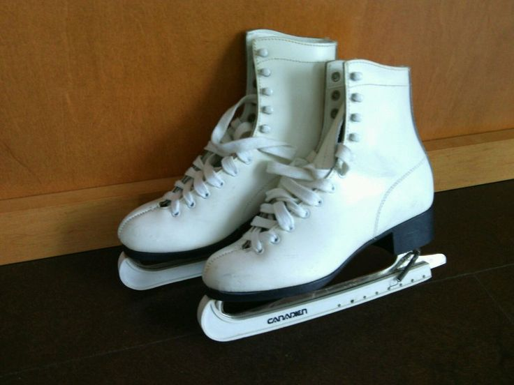 White Leather Ice Skates Size 7 Aerflyte Blades Canadian Handy Carry Bag Figure  | eBay