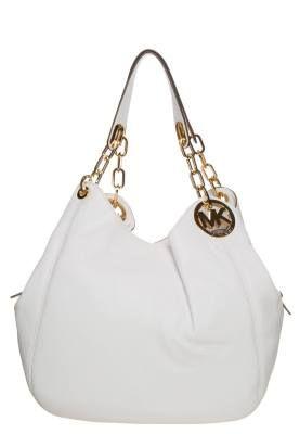 Michael Kors Fulton Bolso De Mano Optic White Los Complementos Favoritos De La Fémina Actual Los bolsos y maletas de mujer son uno de los complementos favoritos de la fémina actual, y en algunos vestidores femeninos, su número es proporcional a las prendas que contiene.