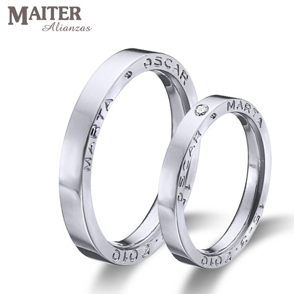 #Alianzas #boda #matrimonio colección #You & I #maiter #oro  con los nombres grabados en el lateral.  www.joyasmaiter.com