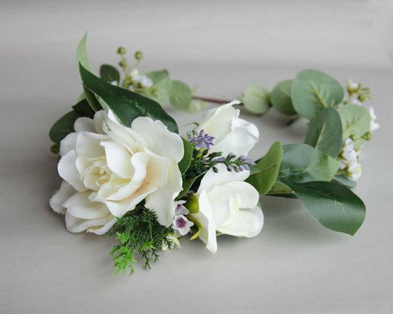 Gardenia and eucalyptus silk flower crown, wedding crown This gorgeous gardenia silk flower hair crown is your perfect hair accessories on your wedding day. It is a full crown accented with lavender sprigs, pine leaves, bunches of wax flowers and eucalyptus greenery. It looks seamless as a natural crown. Now available at Etsy.