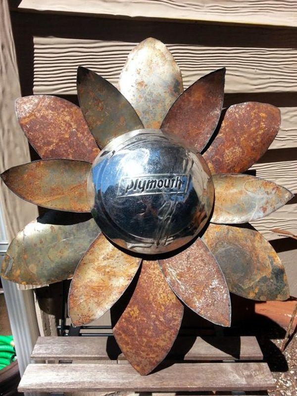 Utterly Beautiful Rusted Metal Art Works (29)