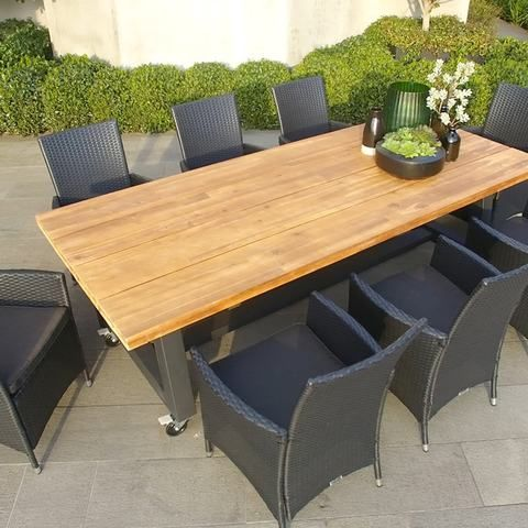 Our signature rattan weave around the aluminium frame makes our chairs light, durable and comfortable, shaping themselves to suit your body. The acacia table is on steel legs and fitted with wheels. This will make it easier to organise your outdoor dining set for your needs and your outdoor home environment