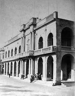 Plaza de Mayo - Cabildo sin torre.
