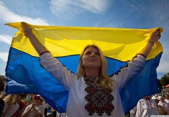 Bugün Ukrayna'da bağımsızlığın 21. yıldönümü kutlanıyor. 19 - 21 Ağustos 1991 tarihleri arasında Moskova'da meydana gelen devrimden sonra 24 Ağustos 1991 tarihinde Ukrayna, SSCB'den ayrılarak b...