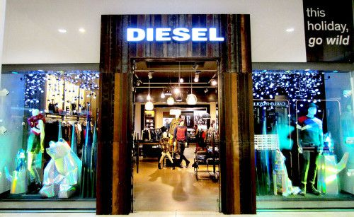 Diesel Westfield Christmas 2015 Creating a Christmas landscape - by Tenn Ltd