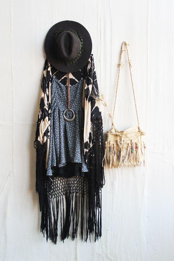 ➳➳➳☮American Hippie Bohemian Boho Bohéme Feathers Gypsy Spirit Bizu Baroque Tati Tati Style - Festival Outfit
