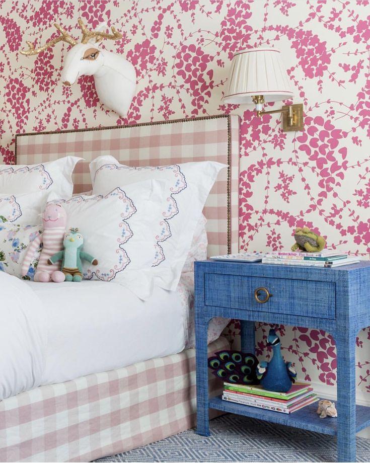 10x10 Girls Bedroom: Girls Dressing Room, Room