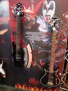 Axe guitar!