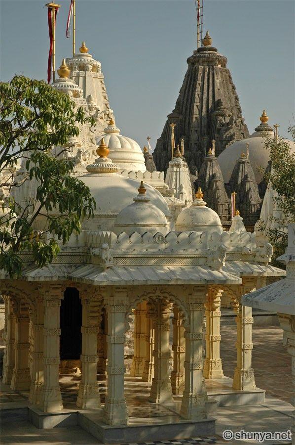 Palitana, Gujarat, India ❁✦⊱❊⊰✦❁ ڿ…
