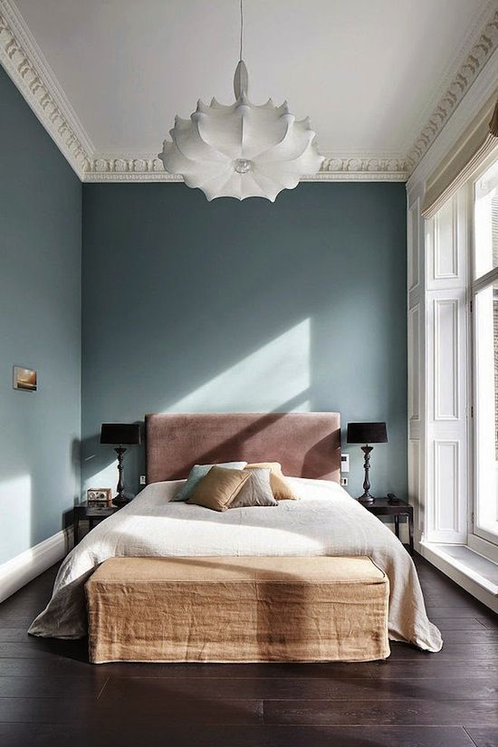 Photos via: Home Adore Love the sleek modern touches throughout this gorgeous London home. Click...