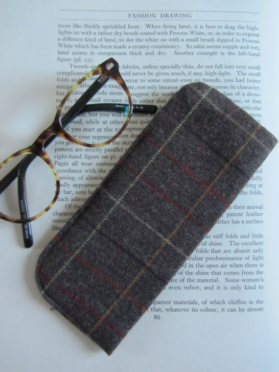 Handmade glasses case in Shetland wool by FlaxandLoom on Etsy