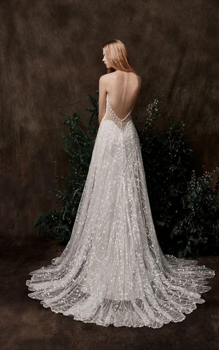 39 best chic nostalgia images on pinterest bohemian for Romantic bohemian wedding dresses