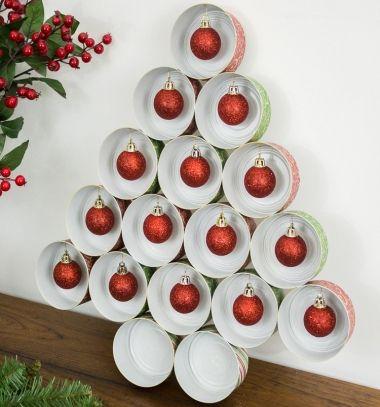 Easy tin can Christmas tree - upcycling craft // Egyszerű konzervdoboz karácsonyfa - kreatív újrahasznosítás // Mindy - craft tutorial collection // #crafts #DIY #craftTutorial #tutorial