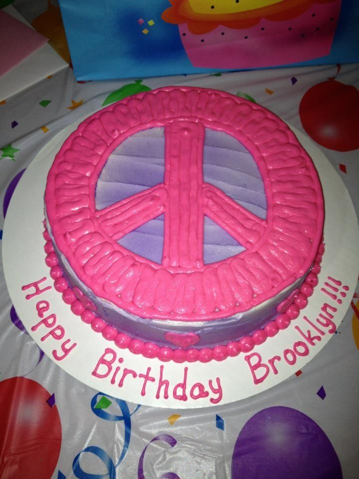 25+ best ideas about Peace sign cakes on Pinterest Tye ...