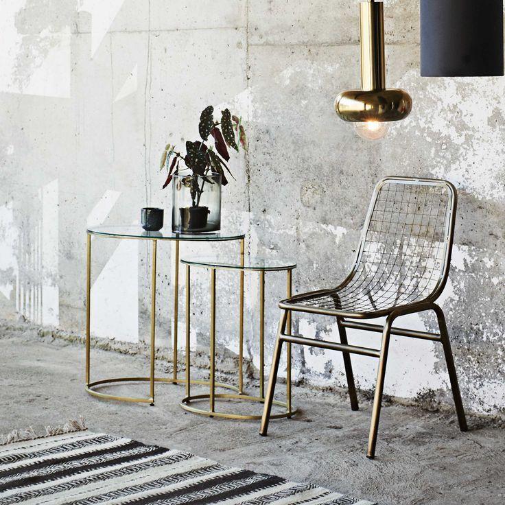Beistelltisch Hocker Im Boho Wohnstil Fur Ein Traumhaftes Zuhause In 2020 Sofa Tisch Vintage Beistelltische Beistelltisch