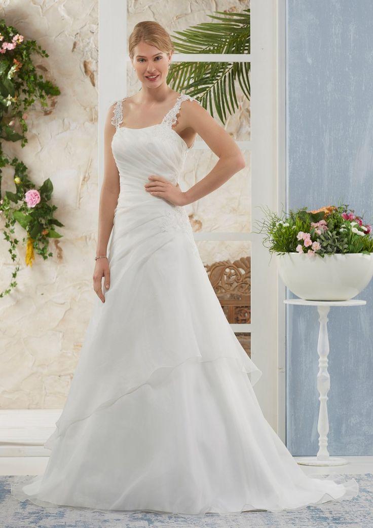 The 63 best Bruidsjurk images on Pinterest | Short wedding gowns ...
