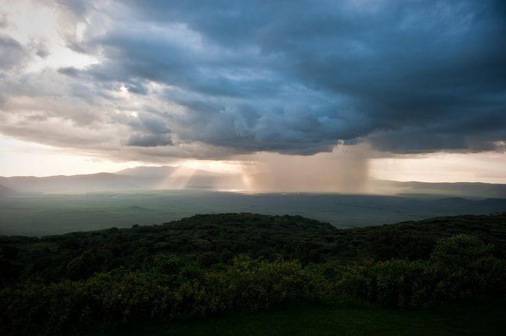 https://flic.kr/p/u8R9vy | Ngorongoro Crater, Tanzania, 2014 | Brief rain storm passes over the Ngorongoro Crater, Tanzania.