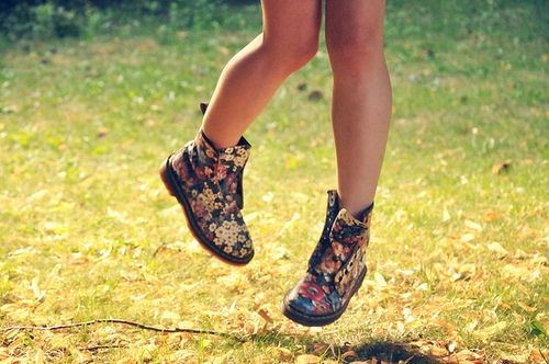 Floral Doc Martens. I really want to stomp around in these.
