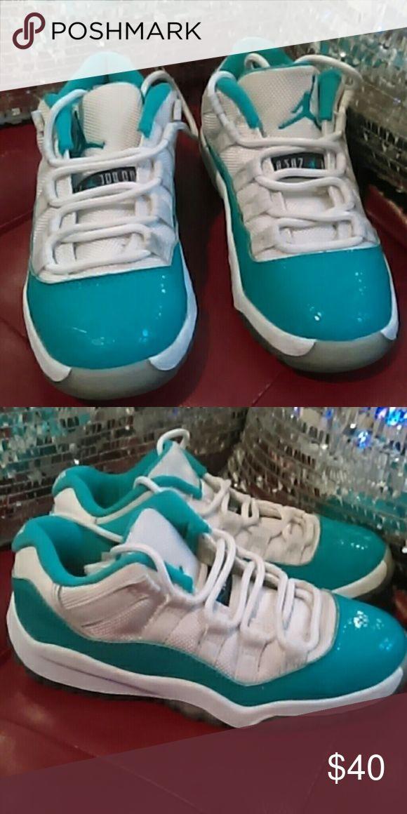 Boys or girls Retro Jordan sneakers Rear color Jordan sneaker Jordan Shoes Sneakers