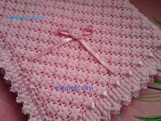 Meravigliosa copertina all'uncinetto con punto a motivo di fiori come riportato sullo schema sotto e video tutorial. Fonte: https://vk.com/knitting? z = fo
