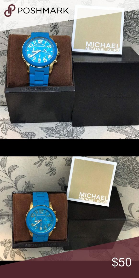 Blue MK watch Michael Korse Blue watch with gold around case.   👉 💯 AUTHENTIC  👉 Slighly used 👉 Price is final 👉 GREAT for Fashion 😉😊 Michael Kors Accessories Watches