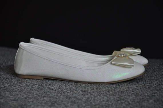 Ballerina shoes White ballerina flat shoes with bow by RagzDagzTM
