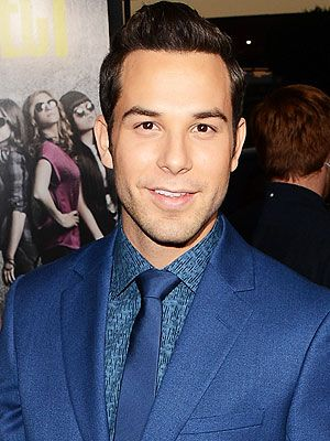 Skylar Astin. SO CUTE. Just letting y'all know, he was on broadway, in Spring Awakening to be exact. He was Georg. :)