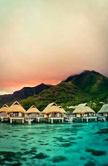 Top 10 Best Honeymoon Destinations - Bora Bora, French Polynesia