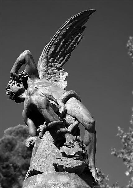 Lucifer | Lucifer, el Portador de la Luz