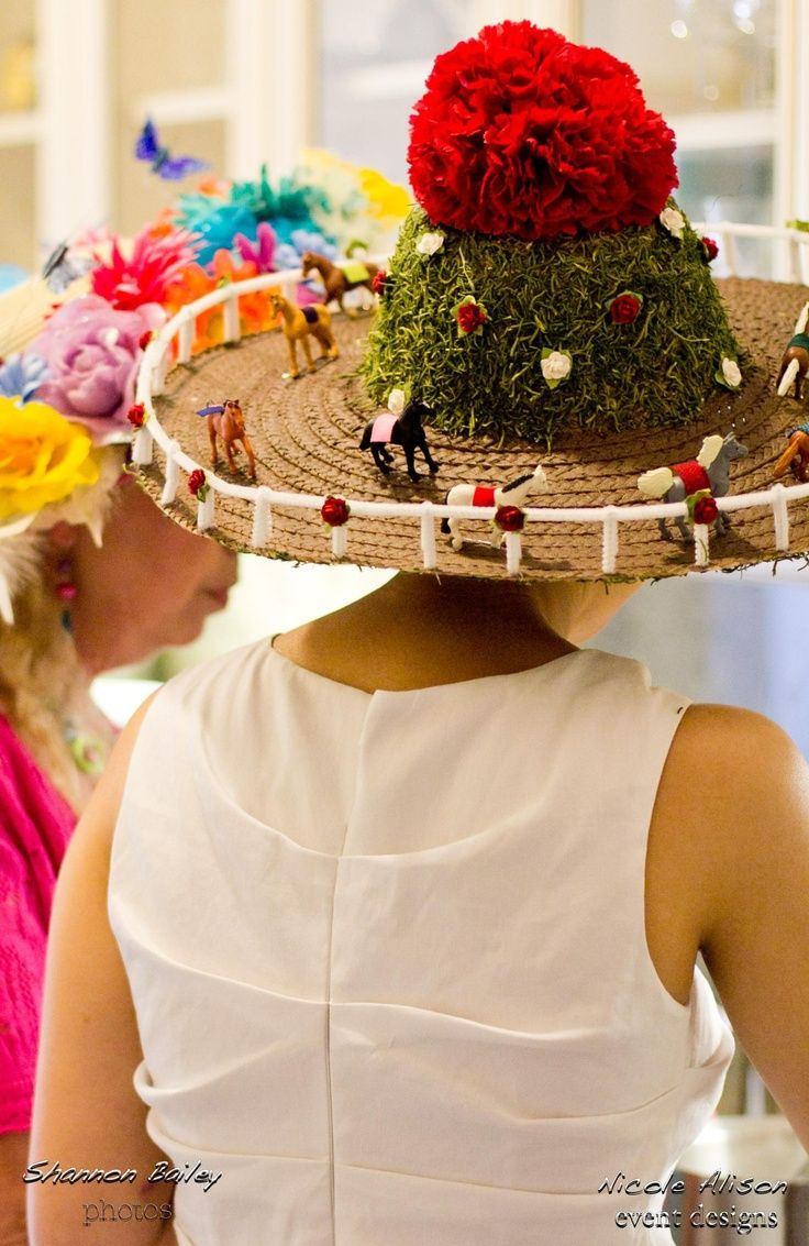 The countdown to Derby is on and that means the countdown to getting your hat and dress is on, as well. Many local ladies design their own hats, often to coordinate with their outfits. Many ladies, like me, also have absolutely no idea how to design their own hats, but would like to try.