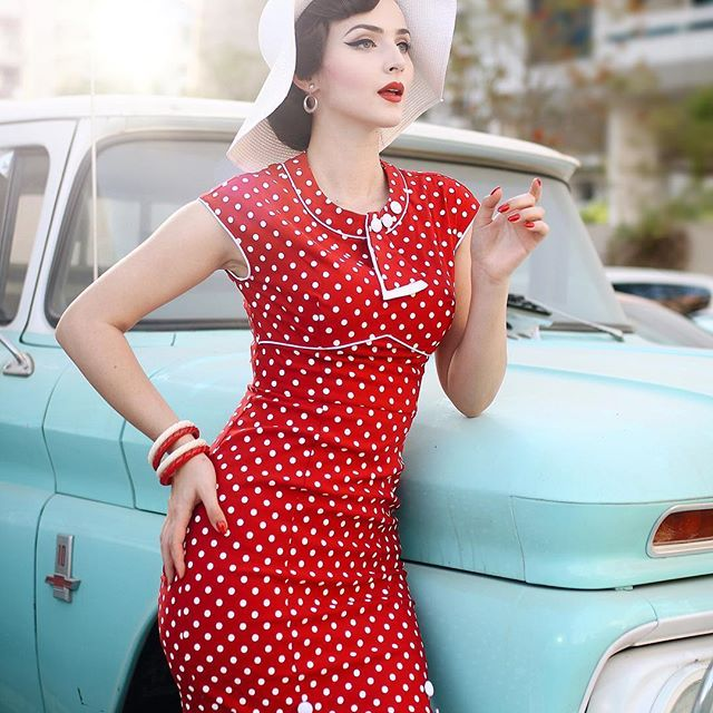 Tired of polka dots? Never. This beautiful 1930's inspired red polka dot dress is now available at @stopstaringclothing ❤️ Bangles-earrings by @bowandcrossbones #iddaaroundtheworld #1930sfashion #stopstaringclothing #stopstaring #vintageinspired #bowandcrossbones