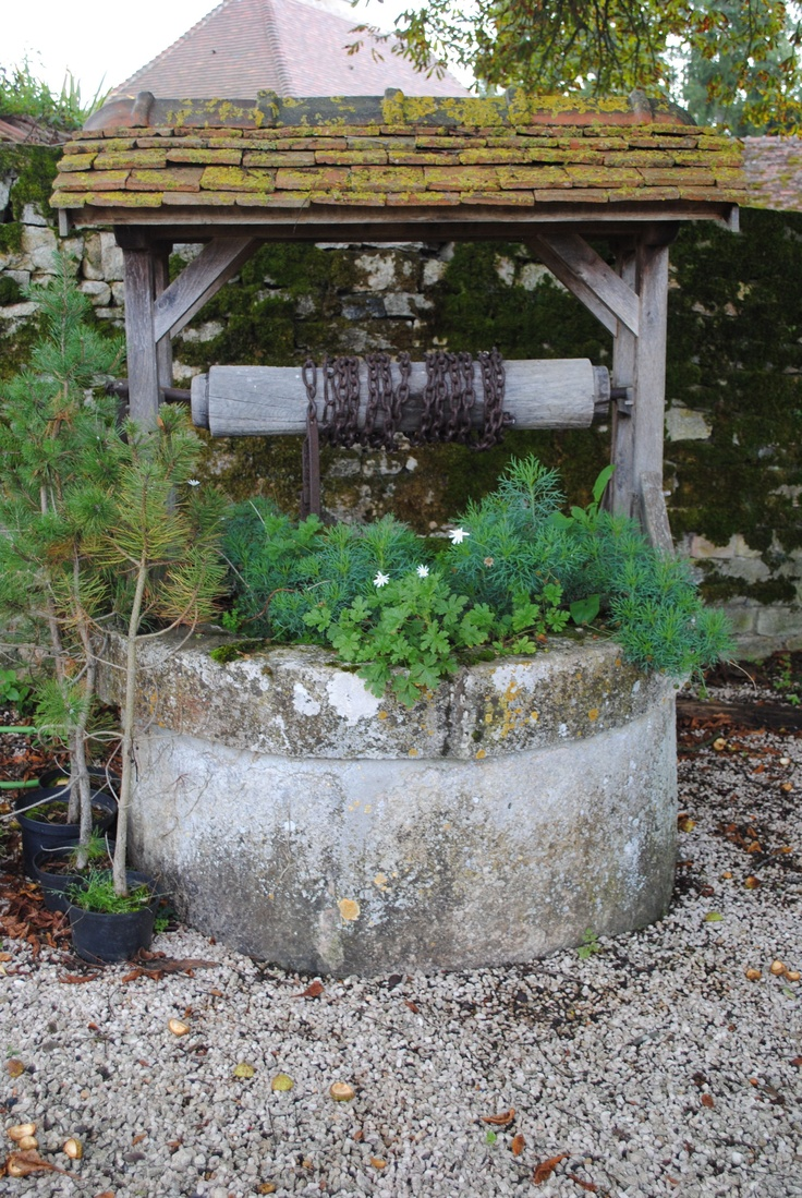 Garden designs with bridges and wishing wells landscaping ideas - Old Cistern Well Water Gardenswindmillsbridgespumps