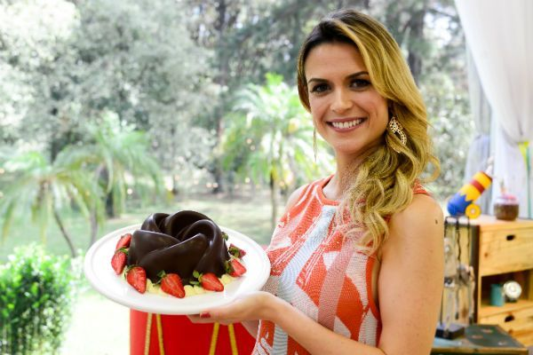 Junior Bake Off Brasil Aprenda A Receita De Bolo Bombom Receita De Bolo Bombom Bolo Bombom Receita De Bolo